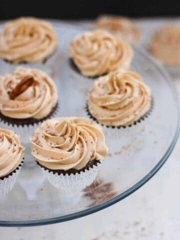 Chocolate Cupcakes with Peanut Butter Buttercream | A Nerd Cooks