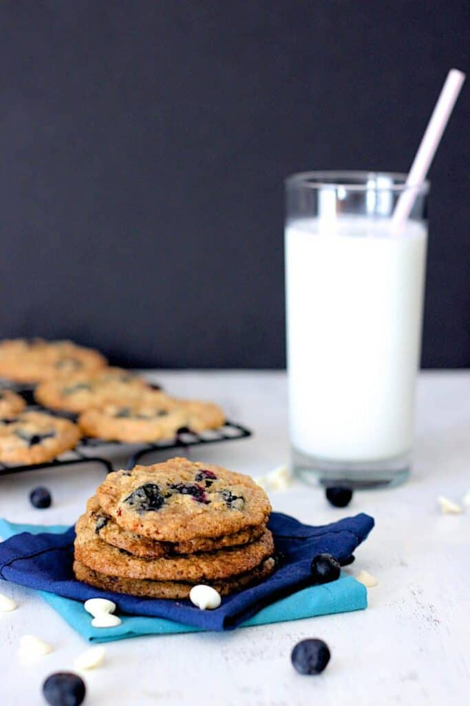 Blueberry White Chocolate Chip Cookies | A Nerd Cooks