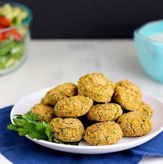 Baked Falafel | A Nerd Cooks