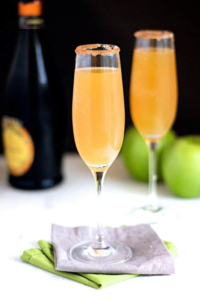 Apple Cider Mimosas | A Nerd Cooks