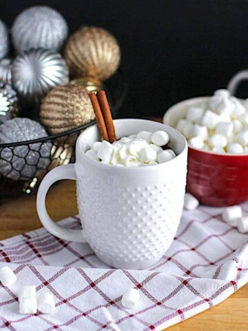 Perfect Hot Chocolate | A Nerd Cooks
