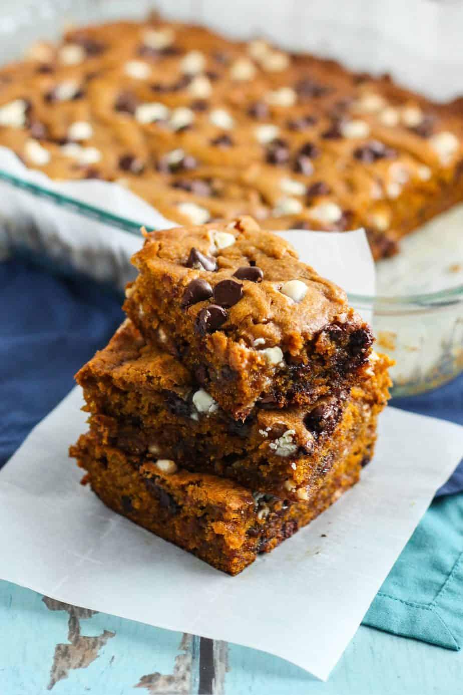 Pumpkin Chocolate Chip Blondies | A Nerd Cooks
