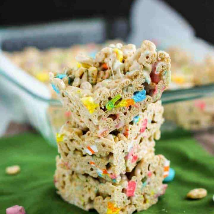 Lucky Charms Bars | A Nerd Cooks