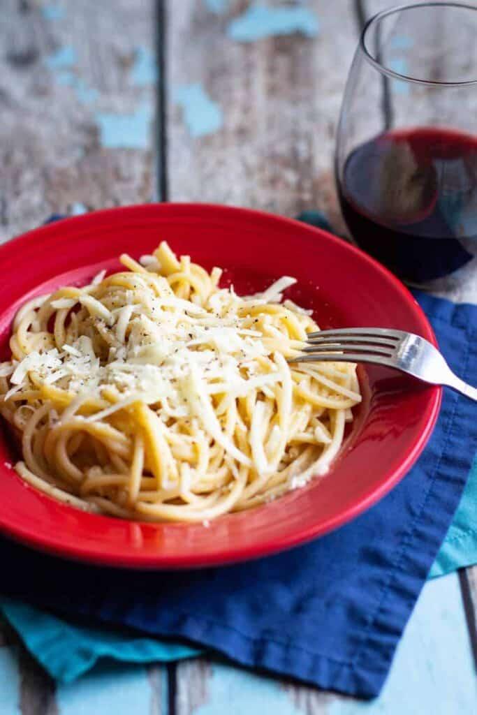 Cacio e Pepe | A Nerd Cooks