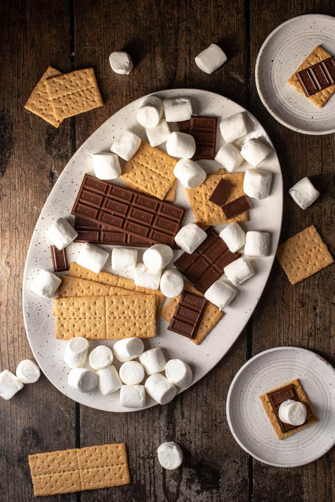 ingredients to make s'mores in the oven